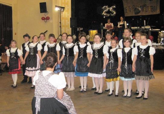 Német dalok és táncok